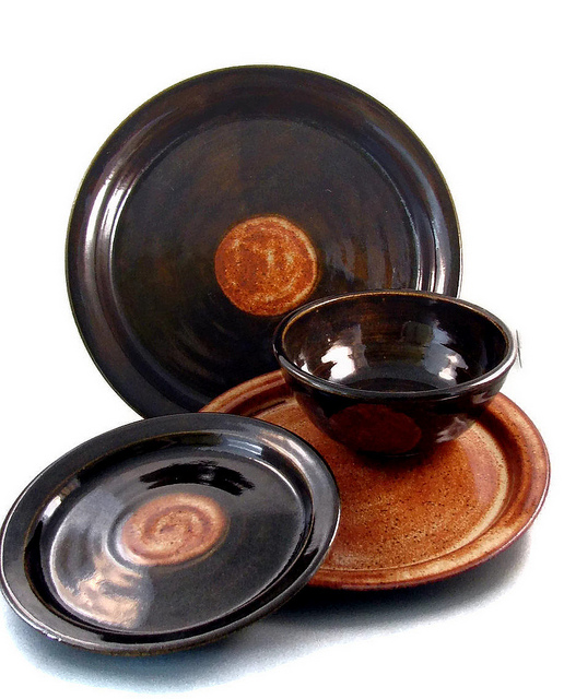 Stoneware glazed dinnerware plates set three dishes